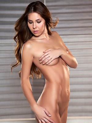 Cybergirl Kelsey Ann will leave you...